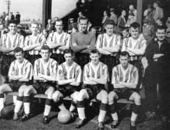 Trainer Billy with the 1958/59 Blyth team that played in the MidlandLeague.